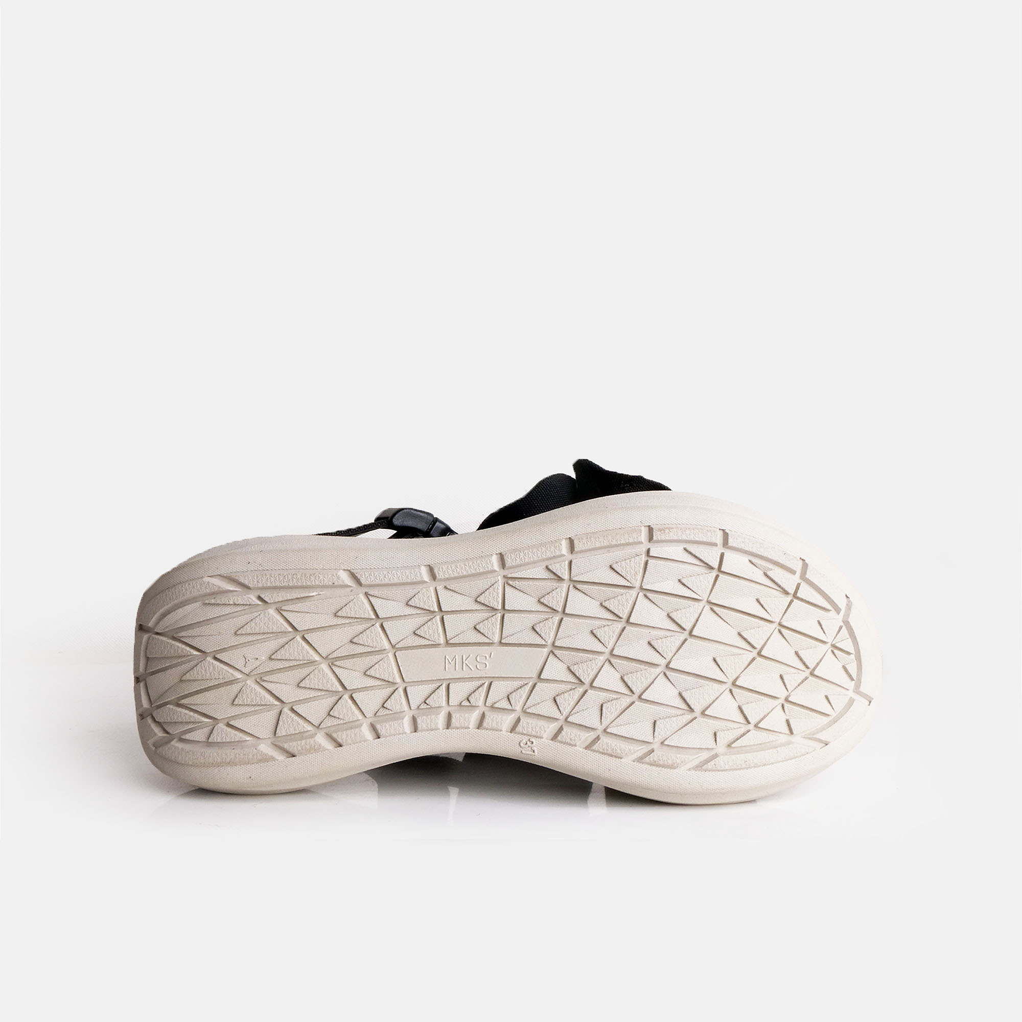 Dobo-Ivory-white-3